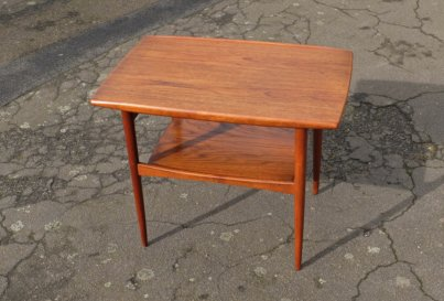 Moreddi Danish teak side table