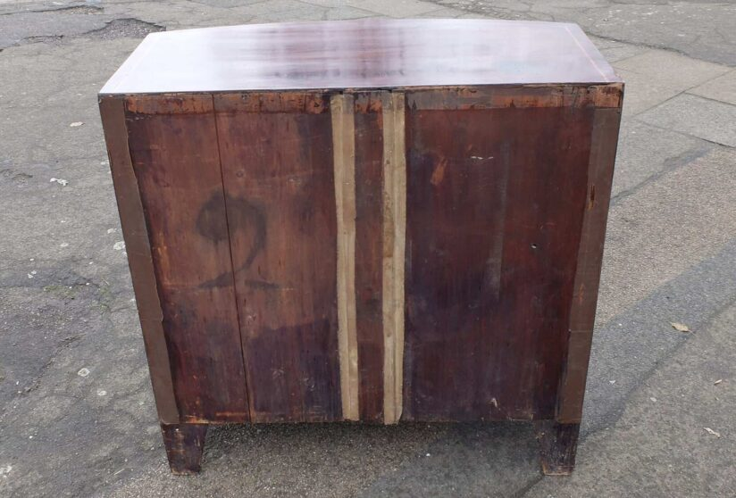 Antique George iii bow fronted chest of drawers