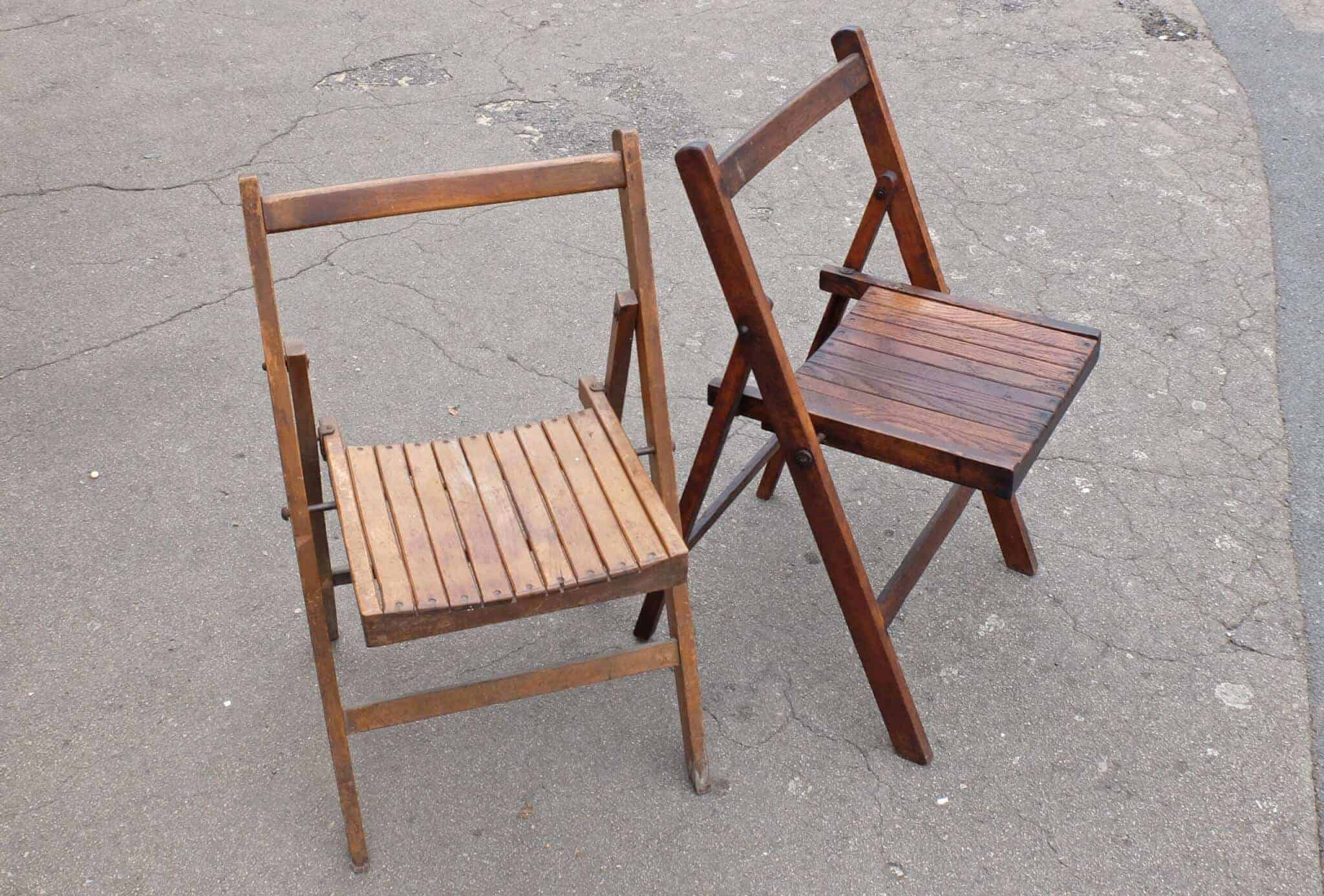 Folding Chairs in Beech and Oak